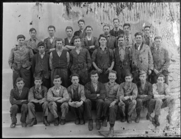 Image: Large group of unidentified men outdoors wearing work clothes, probably Christchurch district