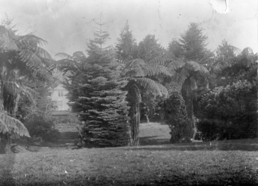 Image: House and garden of Thomas Mason, Taita, Lower Hutt