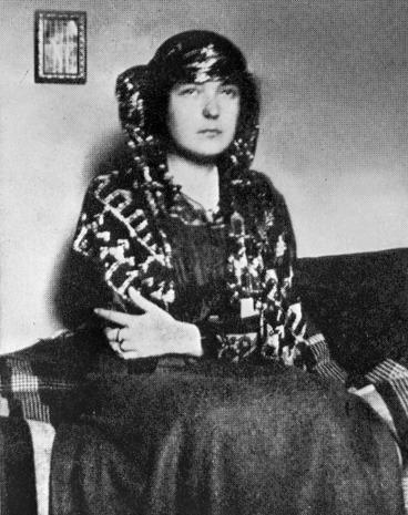 Image: Katherine Mansfield wearing an Arabian shawl, Rottingdean, Sussex, England