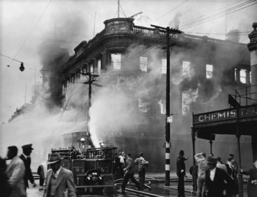 Image: Fire and fire brigade at Ballantyne's department store, Christchurch