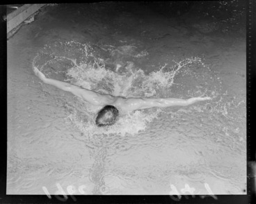 Image: Swimmer Peter Hatch demonstrates 'butterfly stroke' swimming, [Freyberg Swimming Pool, Wellington City?]
