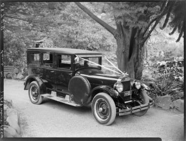 Image: Wedding car