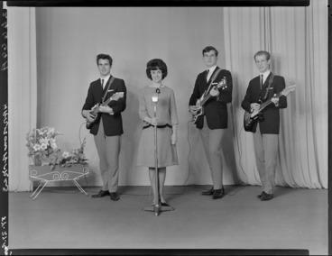 Image: Harmonaires Band