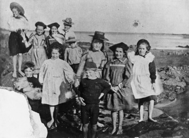 Image: Photograph of Miss Florence Holt's music pupils