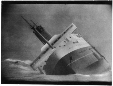 Image: Ship Wahine sinking in Wellington Harbour - Photograph taken by Jack Short