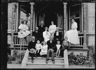 Image: Nicol brothers and families on verandah