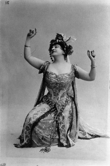 Image: Opera singer, Blanche Arral