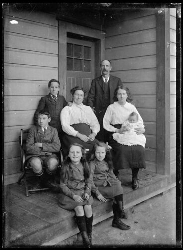Image: Family portrait on porch