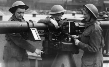 Image: Members of the Women's Army Auxiliary Corps operating a range finder