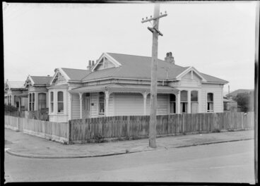 Image: Villa, Sydney St., Petone