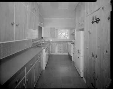 Image: Manthel House interior, kitchen