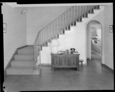 Image: Bundon Burke house, hall, Wellington