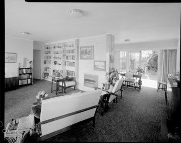 Image: Unidentified living room