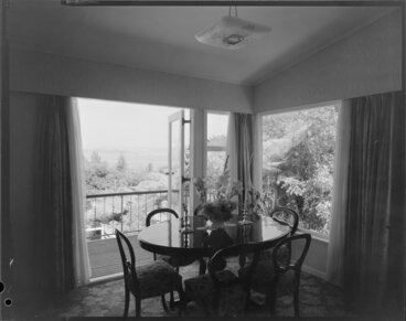 Image: Dining room interior, Farrell house, Lowry Bay, Eastbourne, Lower Hutt