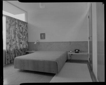 Image: Bedroom interior, Winkler house, Wellington