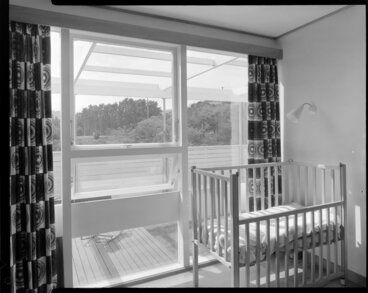 Image: Bedroom with cot, house of Dr Harvey, 14 Churchill Drive, Wellington