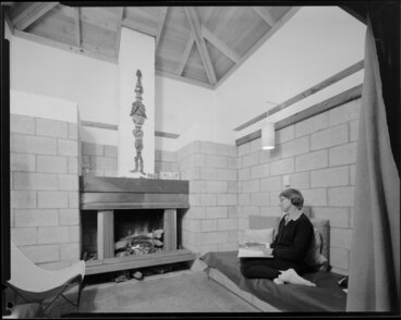 Image: Interior, Jim Beard's house, Waikanae, Kapiti Coast