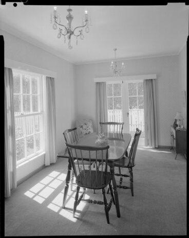 Image: Dining room interior, Barton-Ginger house, Wellington