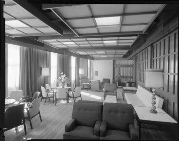 Image: Lounge, Royal Oak Hotel, Wellington