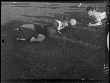Image: Soccer game, Petone v St Pats Old Boys at Petone Recreation Ground