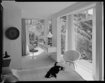Image: House interior [of Barry Ellison, architect?], shows bedroom with cat on bed