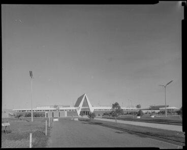 Image: Olympic swimming pool, Napier