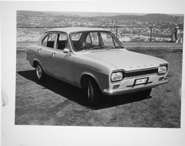 Image: Ford Escort car