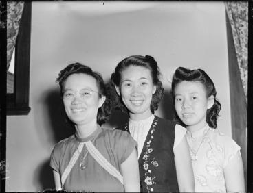 Image: Three Malayan nurses