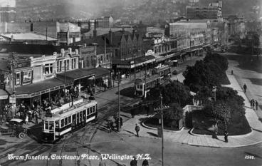 Image: Tram junction, Courtenay Place, Wellington