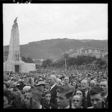 Image: Crowd singing the national anthem at the official VE Day celebrations, Lambton Quay, Wellington