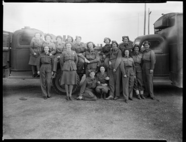 Image: Members of the New Zealand women's services, during World War II