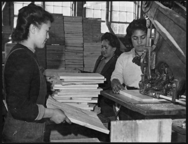 Image: Creator unknown : Photograph of women making wooden ends for cheese crates, Waipa State Forest box factory, Rotorua