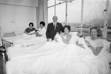 Image: Four Hutt Hospital Red Cross babies, with their mothers and the president of the Lower Hutt Red Cross