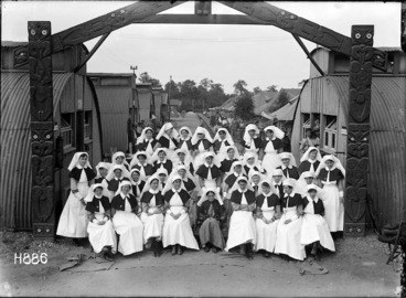 Image: The nurses at the New Zealand Stationary Hospital, Wisques, France
