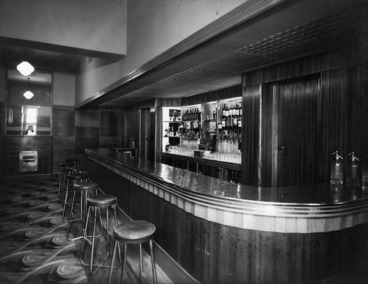Image: View of the cocktail bar, Royal Oak Hotel, Wellington