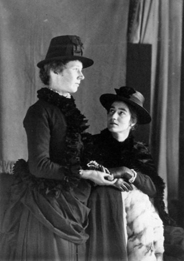 Image: Dorothy Kate Richmond and Ann Elizabeth Richmond