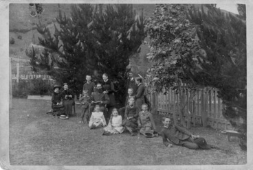 Image: Collie, W :[Rutherford family group]