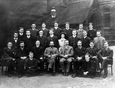 Image: Ernest Rutherford and members of the Manchester University physical and electro-technical laboratories staff