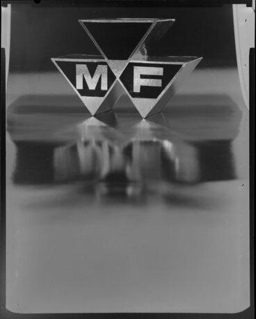 """Image: """"M/F"""" sign"""