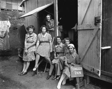 Image: Members of the Womens Army Auxiliary Corps at the 4th General Hospital in New Caledonia