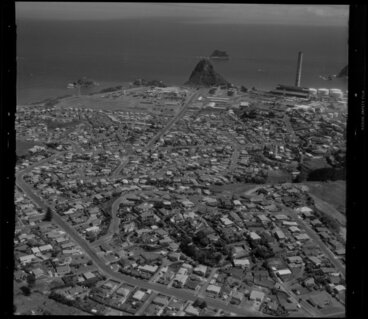 Image: Moturoa, Paritutu and power station, New Plymouth