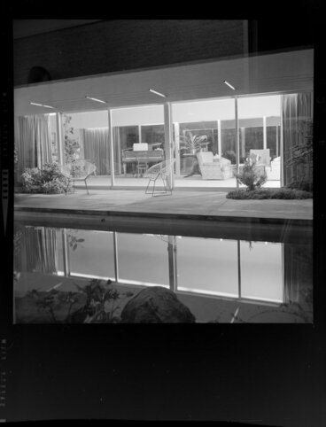 Image: View from the courtyard into the living room, Littlejohn house, Wellington