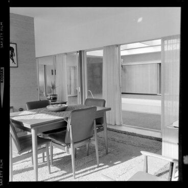 Image: Tuston house, view of dining room