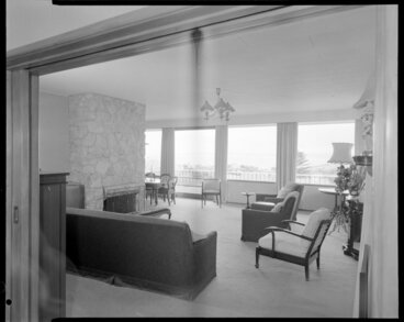 Image: Interior of unidentified home