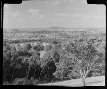 Image: One Tree Hill, Auckland, including Rangitoto Island in the distance