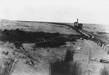 Image: Karekare beach and the Piha-Karekare Seifert Bros tramway