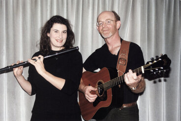Image: Karen Reid, from Southland and Tony McGlynn, from Ireland; Celtic musicians.