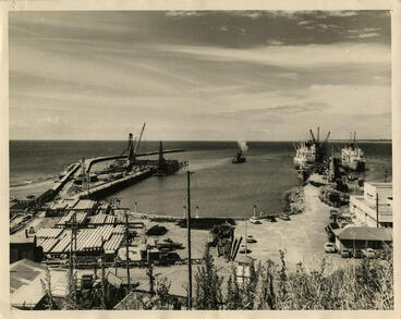 Image: New Plymouth Harbour (Moturoa and Newton King Wharf)