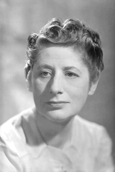Image: Head and shoulder portrait of Ngaio Marsh