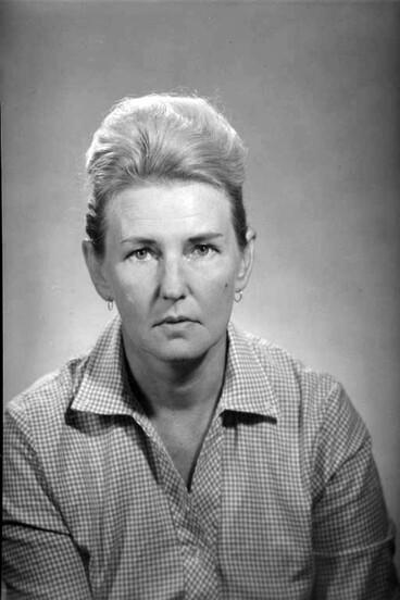 Image: 1/4 portrait of Mrs Jan Nigro